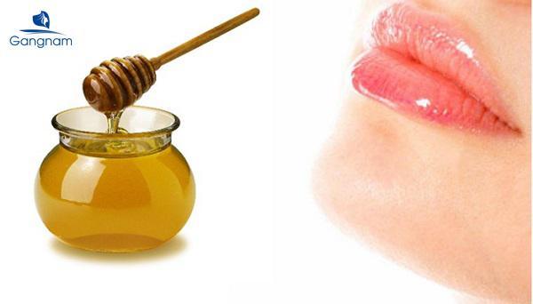 Cách dưỡng môi bằng mật ong